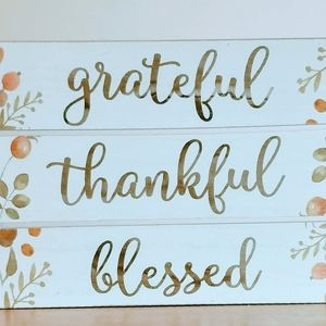 ✨Grateful Thankful Blessed Sign